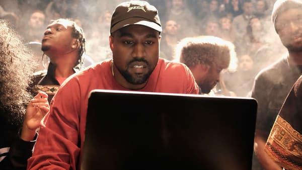 Kanye West à la présentation de son album à la Fashion Week de New York le 11 février 2016