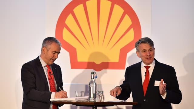 L'OPA amicale de Shell sur BG, l'ex-British Gas, pour 63 milliards d'euros, constitue pour le moment la plus grosse transaction de l'année.