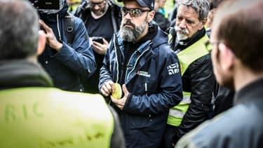 Jérôme Rodrigues, une des figures des gilets jaunes, le 9 avril 2019 près du Sénat à Paris. (Photo d'illustration)