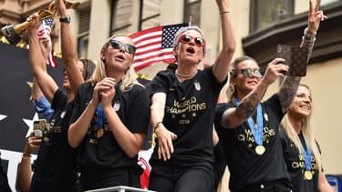 L'équipe victorieuse a défilé à travers New York mercredi.
