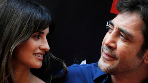 """Penelope Cruz et Javier Bardem, ici le 27 juin 2011 à Madrid, sont accusés d'antisémitisme après avoir signé une lettre ouverte dénonçant le """"génocide"""" des Palestiniens."""