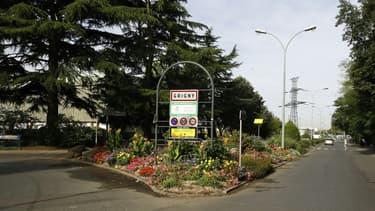 Entrée de la Ville de Grigny (Essonne) le 2 septembre 2016
