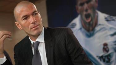 Zinedine Zidane avait créé la sensation lors de son transfert au Real Madrid pour 75 millions d'euros.