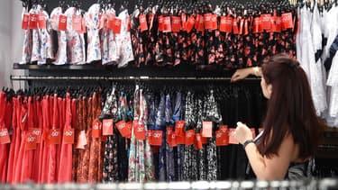 En France, le secteur des vêtements de seconde main représente un milliard d'euros.