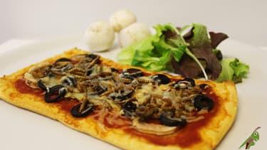 Sur son site MangeonsDesInsectes.com, Micronutris propose notamment la recette de la pizz'insectes...