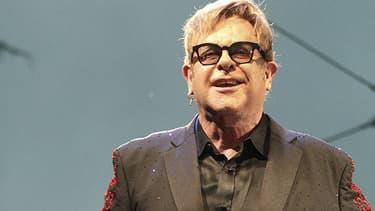Elton John va sortir ses mémoires