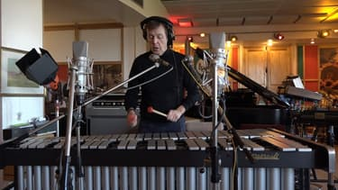 Paul McCartney dans son studio