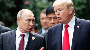 Vladimir Poutine et Donald Trump lors d'une rencontre en novembre 2017.