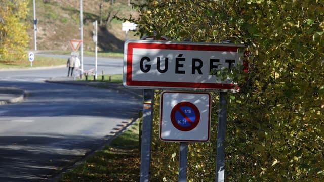 Un panneau de la ville de Guéret, où le trésor est exposé