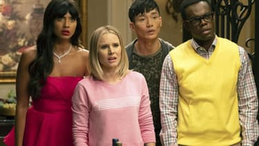 "Jameela Jamil, Kristen Bell, Manny Jacinto et William Jackson Harper, quatre des acteurs principaux de ""The Good Place"""