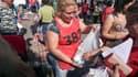 Au sein des clubs de trocs, les femmes sont identifiées grâce à des numéros  inscrits sur les pancartes ou des dossards.