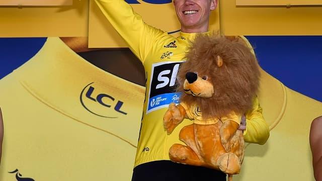 Chris Froome, toujours en jaune