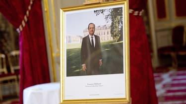 L'histoire du portrait-voyageur de François Hollande.