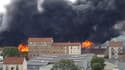 Un entrepôt en feu à Aubervilliers
