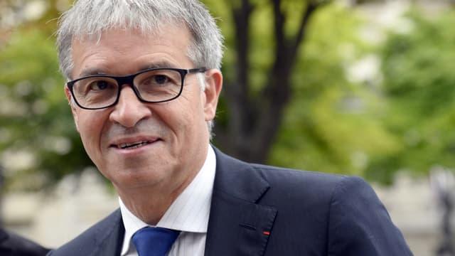 Patrick Bernasconi a largement battu le président sortant Jean-Paul Delevoye.