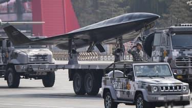 la Chine a dévoilé mardi, pour les 70 ans du régime communiste, de nouveaux armements visant à combler son retard technologique sur les Etats-Unis