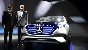 Daimler est en quête de batteries pour équiper les 130 nouveaux modèles électrifiés qu'il prépare à horizon 2022.