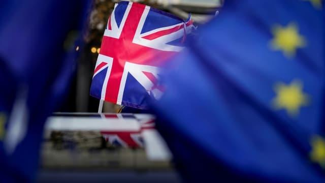 Le drapeau du Royaume-Uni, le 30 janvier 2020, lors d'une manifestation contre le Brexit près du parlement européen à Bruxelles