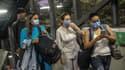 Des personnes portant un masque en Colombie