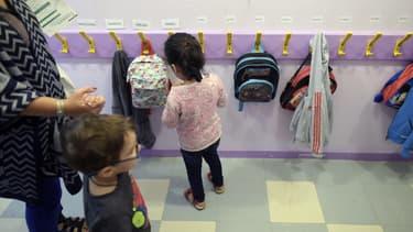 Des enfants le jour de la rentrée des classes, en septembre 2015. (photo d'illustration)