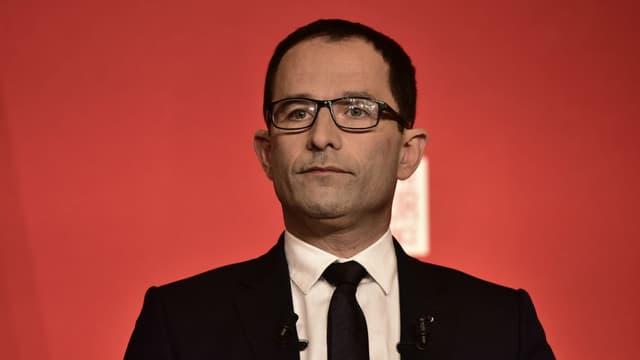 Benoit Hamon délivre un discours à la Maison de la Mutualité à Paris, le 23 avril 2017