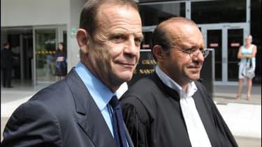 François-marie Banier accompagné de son avocat, maître Temime
