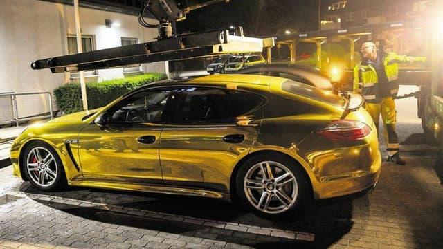 La Panamera dorée confisquée par la police de Hambourg