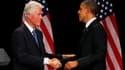 Bill Clinton a prêté main forte lundi à Barack Obama, venu à New York pour lever des fonds en faveur de sa réélection auprès des financiers de Wall Street et des artistes de Broadway. /Photo prise le 4 juin 2012/REUTERS/Larry Downing