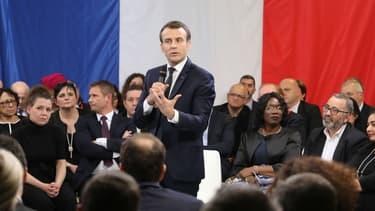 Emmanuel Macron lors de son premier débat en banlieue, à Evry-Courcouronnes le 4 février 2019. (Photo d'illustration)