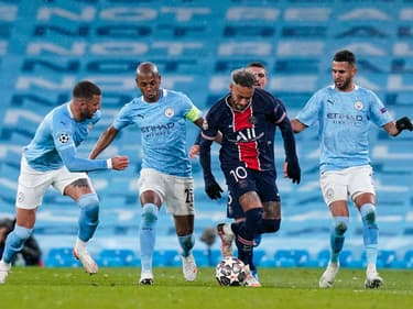 Neymar face à Manchester City