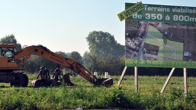 Le choix d'un terrain, première étape d'un projet de construction, peut rapidement devenir un véritable casse-tête.