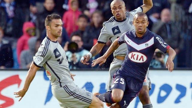 Jérémy Morel et André Ayew face à Bordeaux