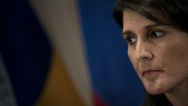 """L'ambassadrice américaine à l'ONU Nikki Haley estime que les femmes qui ont accusé Donald Trump d'avances sexuelles non souhaitées """"devraient être écoutées"""""""