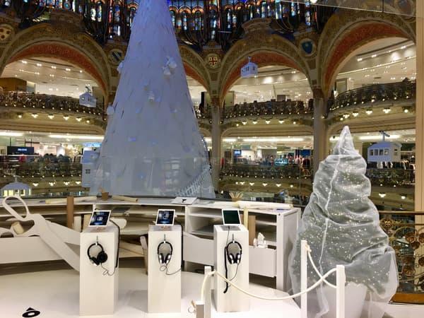 Le dispositif Sky Boy se trouve au deuxième étage des Galeries Lafayette
