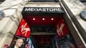Entrée du Virgin Megastore des Champs-Elysées, à Paris.