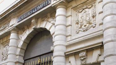 """La Cour des comptes estime que maîtriser les dépenses publiques revient à """"préserver"""" la capacité de la France à """"faire des choix souverains""""."""
