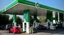 En plus de distribuer de l'essence, du gazole et d'autres carburants dérivés du pétrole, les stations-service BP proposeront bientôt de l'électricité pour les automobilistes équipés de voitures propres. (image d'illustration)