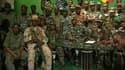 Allocution des militaires maliens rebelles à la télévision nationale. La France a annoncé jeudi qu'elle suspendait ses principales coopérations avec le Mali, après une mutinerie militaire qui tourne au coup d'Etat dans ce pays africain./Image diffusée le