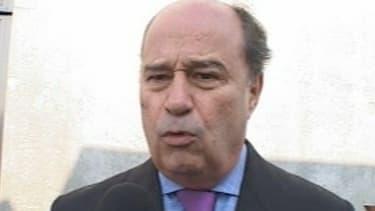 L'ancien candidat à la primaire socialiste a été mis en examen pour prise illégale d'intérêt et favoritisme en sa qualité de Présidet de conseil général de Tarn-et-Garonne.