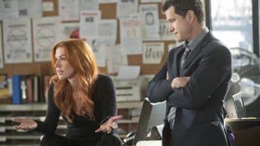 """CBS, après avoir envisagé d'arrêter """"Unforgettable"""" après une saison, a finalement commandé 13 nouveaux épisodes"""