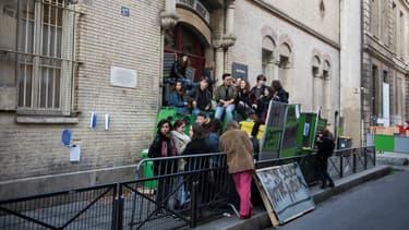 Une dizaine de lycées sont perturbés à Paris (image d'illustration).