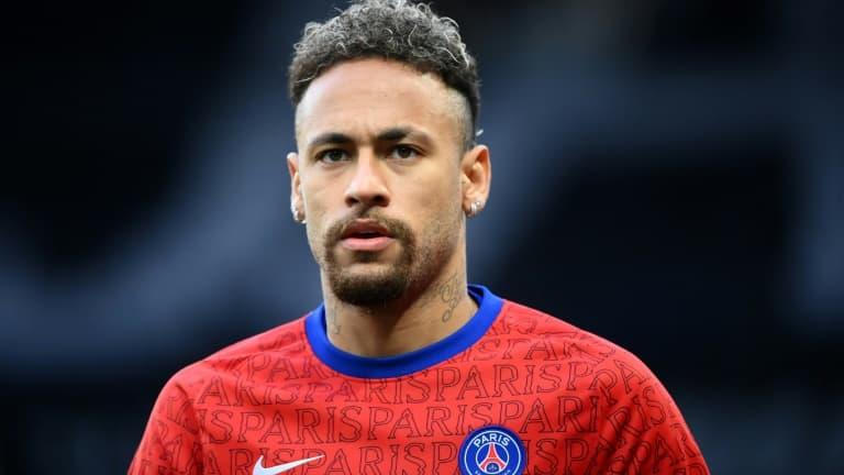 Les chiffres démentiels du premier contrat de Neymar au PSG dévoilés par la presse espagnole