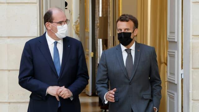 Le président Emmanuel Macron (D) et le Premier ministre Jean Castex lors d'un conseil des ministres à l'Elysee  à Paris le 9 juin 2021 (photo d'illustration)