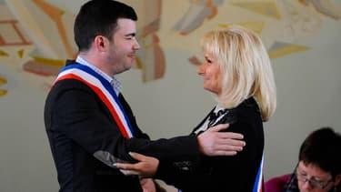 Fabien Engelmann et Marie da Silva à la session inaugurale du conseil municipal de Hayange, le 6 avril.