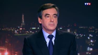 François Fillon sur le plateau du journal télévisé de TF1, le 14 octobre 2013