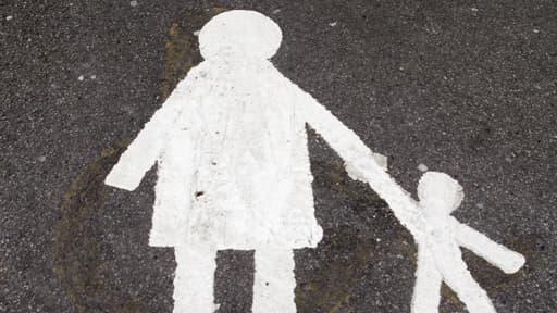 L'adoption et l'accès aux origines demeurent parmi les sujets les plus sensibles dans la réforme de la famille.