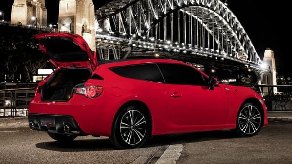 Toyota vient-il d'inventer le drifting en famille ?