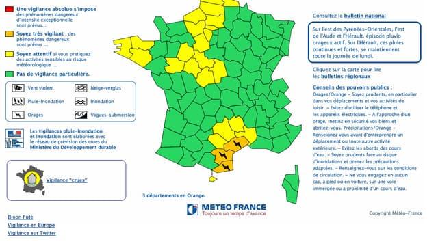 Trois départements du sud, l'Hérault, l'Aude et les Pyrénées orientales, ont été placés en vigilance orange aux pluies orageuses par Météo France.