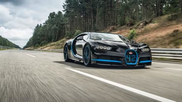 La Bugatti Chiron vient de réaliser un record de vitesse assez impressionnant en passant de 0 à 400  km/h puis de nouveau à l'arrêt en à peine 42 secondes.