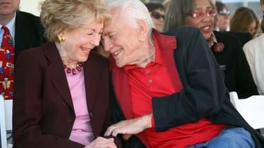Anne et Kirk Douglas en mai 2008